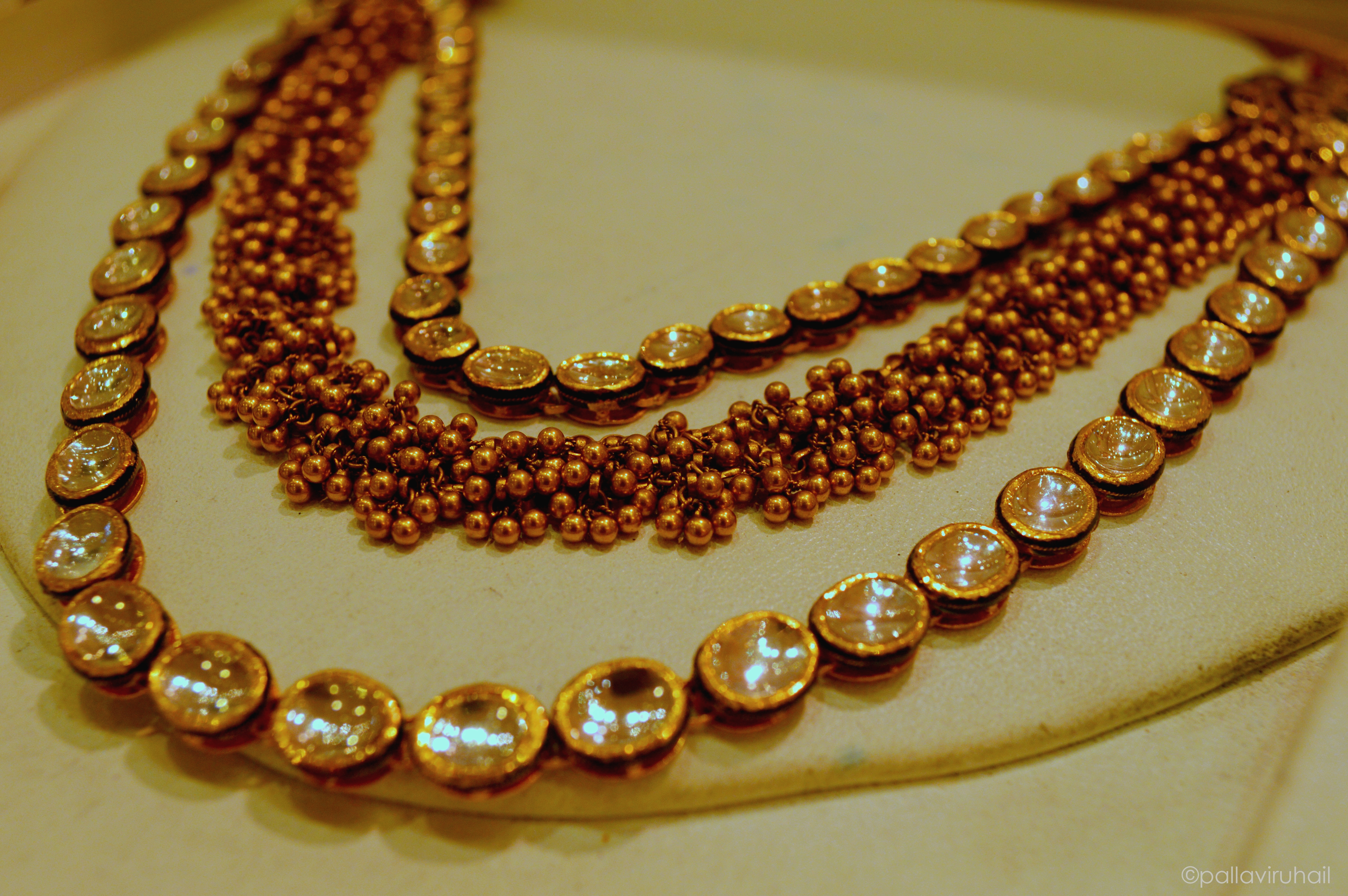 LoveGold That Delhi Girl Gold Indian Jewellery Outfit Ideas